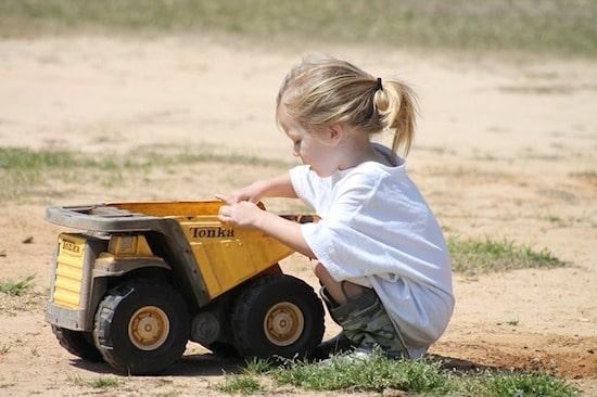 Dr. Peter Gray, Eltern, Entwicklung, Kinder, Natur, Spielen